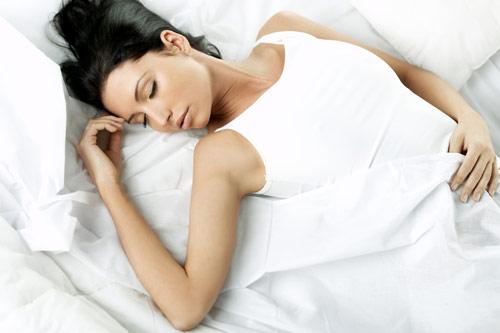 Секс пока женщина спит её восприятие во сне фото 733-235