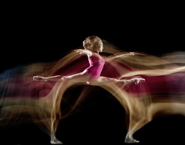 http://img.zzweb.ru/img/890397/long-exposure-ballet-7-600x471.jpg
