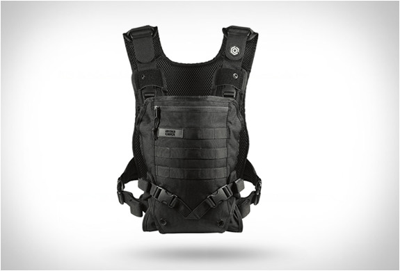 http://img.zzweb.ru/img/892163/mission-critical-baby-carrier-2.jpg