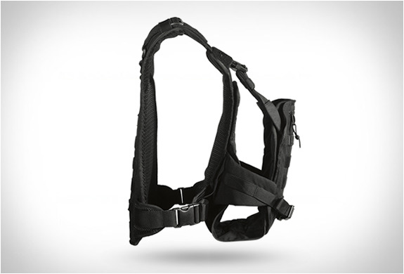 http://img.zzweb.ru/img/892163/mission-critical-baby-carrier-5.jpg