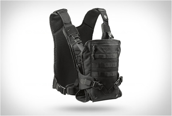 http://img.zzweb.ru/img/892163/mission-critical-baby-carrier.jpg